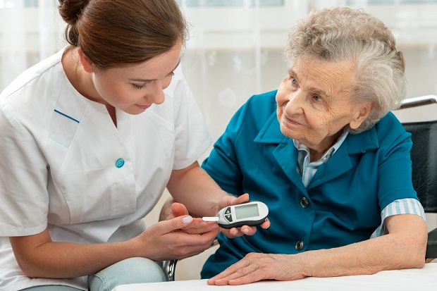 ways-you-can-care-for-your-senior-with-diabetes